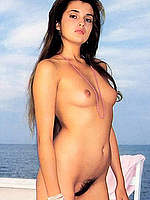 Florence Guerin topless and fully nude scans