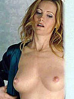 Leslie Mann topless in hot scenes from movies