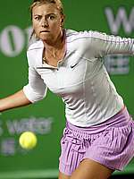 Maria Sharapova champions challenge tournament