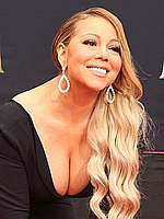Mariah Carey at hand and footprint ceremony